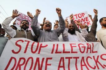 Tüntetés Pakisztánban (SS MIRZA / AFP)