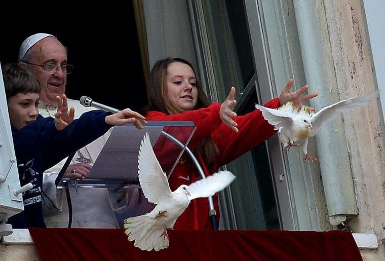 VATICAN-POPE-ANGELUS