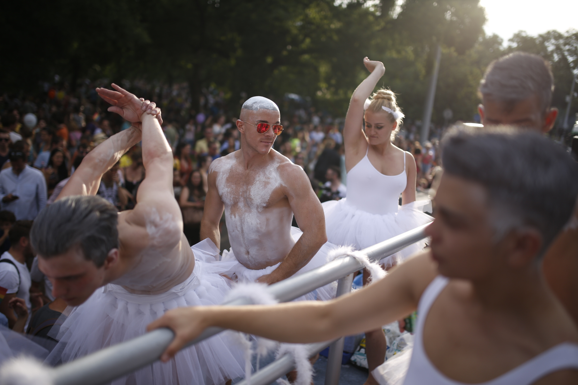 http://img.444.hu/sites/25/budapest-pride-fot%C3%B3k-21.jpg