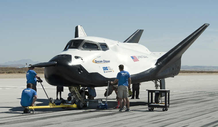 Dream_Chaser_pre-drop_test