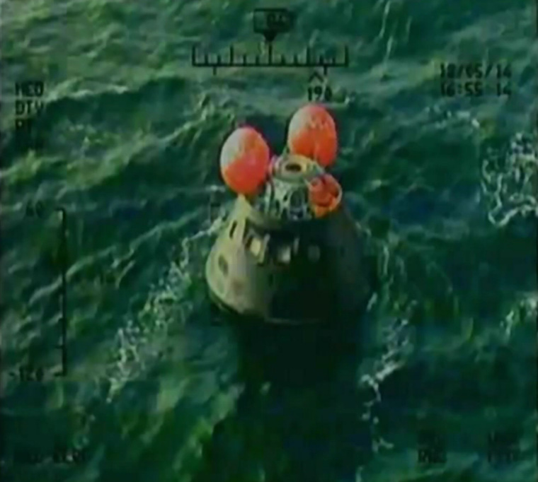 orion_splashdown_2